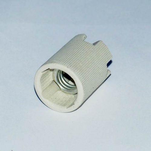 Патрон Е14, керамический