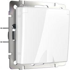 Розетка влагозащ. с зазем. с защит. крышкой и шторками (белая) W1171201